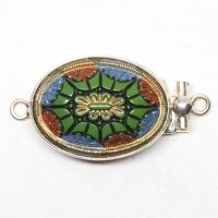 Green ceiling dome clasp